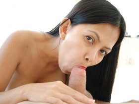 Sex in the bedroom with Filipina Leanne
